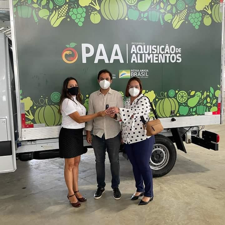 Prefeitura Municipal recebe caminhão refrigerado e outros equipamentos do Programa de aquisição de alimentos (PAA)
